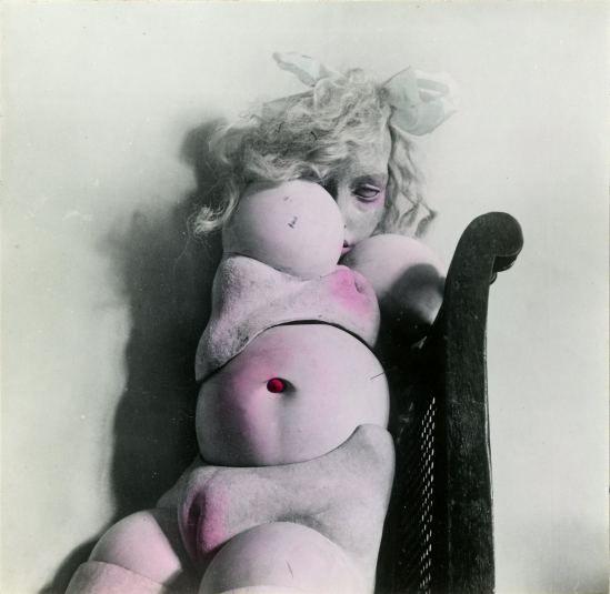 Hans Bellmer Les jeux de la poupée 1949.jpg